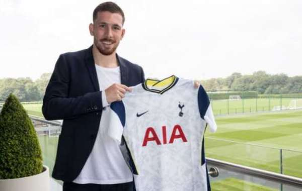 Spurs Complete Signing Of Hojbjerg From Southampton
