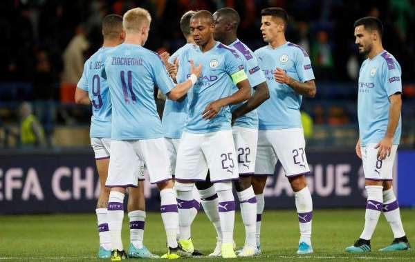 Manchester City's Resurgence Stuns Glenn Hoddle