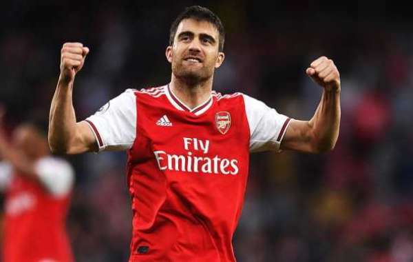 Sokratis Papastathopoulos Leaves Arsenal By Mutual Consent