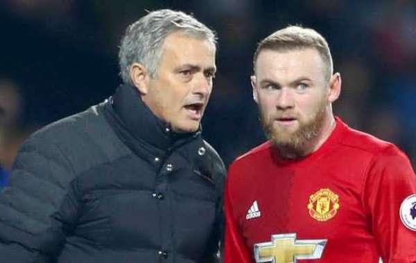Rooney Defends Mourinho After Spurs Sacking