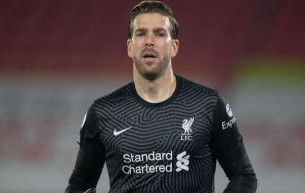 Adrian Signs Two-Year Contract Extension For Liverpool