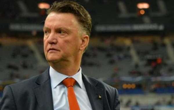 Van Gaal Comes Out Of Retirement To Manage Netherlands For Third Time