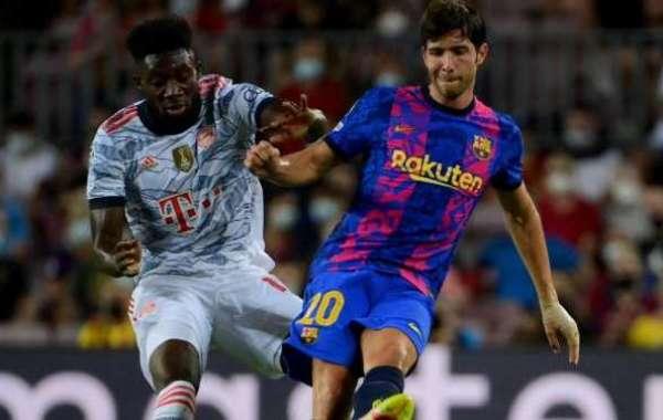 Pique Bemoans Sergi Roberto Jeers In Loss To Bayern Munich