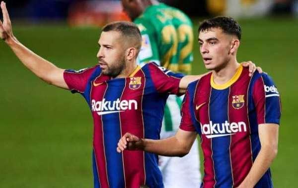 Alba and Pedri Add To Barcelona's Injury Problems